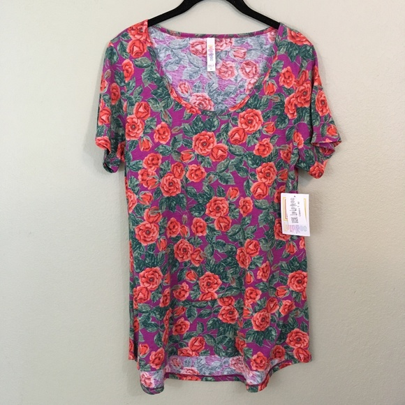 LuLaRoe Tops - LulaRoe Classic T Floral NWT Scoop Neck Top, M
